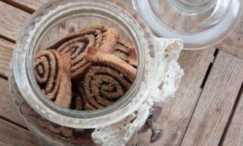 Sablés (à la farine de châtaigne) roulés au cacao et à la cannelle