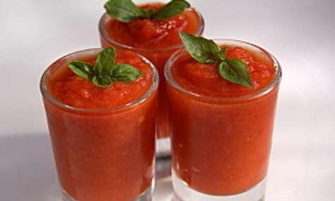 Soupe froide de poivrons et tomate