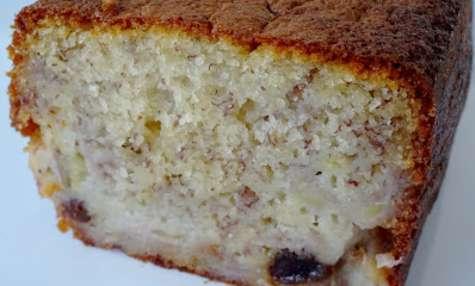 Cake à la banane et aux fruits secs