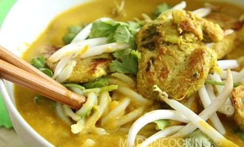 Soupe de butternut au lait de coco et au curry vert