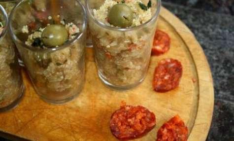 Verrine de quinoa façon taboulé chorizo et olives