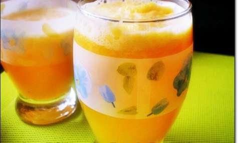 Jus d'orange avec pulpe à la marocaine