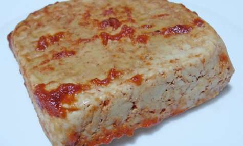 Tofu pressé maison à la tomate