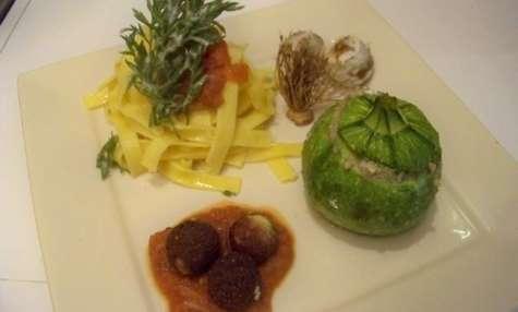 courgettes rondes farcies chèvre frais et champignons et boulettes de chèvre croustillantes