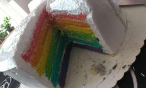Rainbow Cake chocolat blanc, coco, vanille