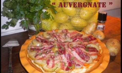 "Tarte tatin ""Auvergnate"" pommes de terre & lard au roquefort"