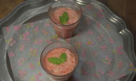 Smoothie fraise et basilic