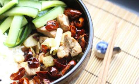 Poulet aux piments du Sichuan (la zi ji)