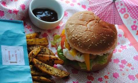 Burger tomate-mozza-poivron et Potatoes maison