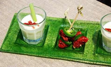 Velouté froid au concombre et lait de coco