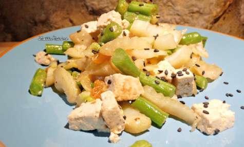 Wok au fenouil, haricots verts, tofu et raisins blonds