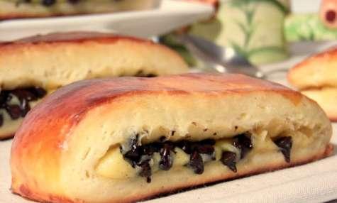 Brioche suisse à la crème pâtissière et pépites de chocolat