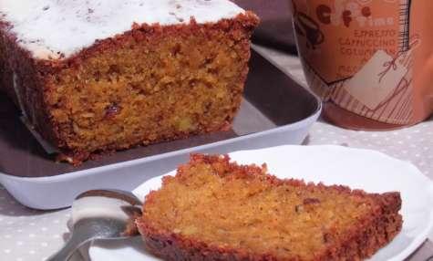 Carrot cake aux flocons d'avoine et noisettes