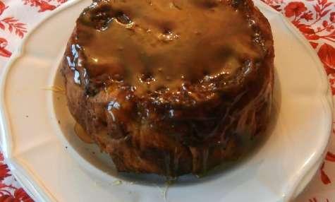 Charlotte briochée aux pommes épicées à la cannelle nappage caramel