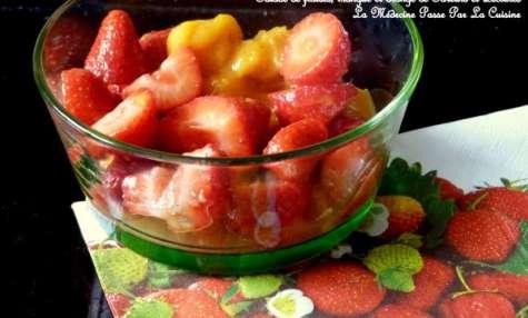 Salade épicée de fraises, orange et mangue
