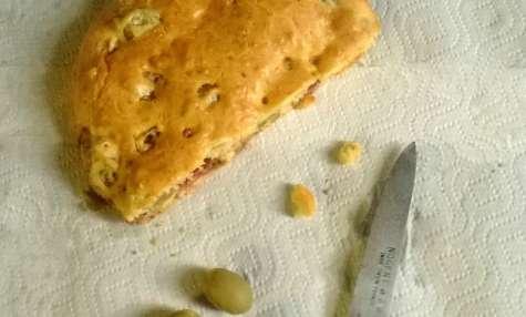 Cake salés aux Olives vertes et Bacon