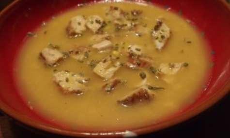 Soupe de poulet au maïs