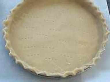Cuire à blanc un fond de tarte - Etape 1