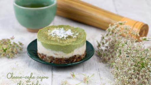 Cheese-cake végétal aux noix de cajou et thé Matcha