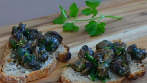 Tartines de poêlée d'escargots