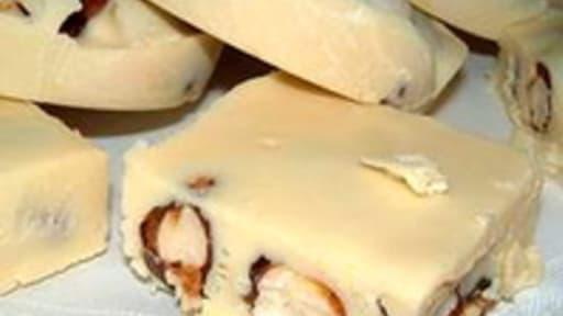 Chocolat blanc à la nougatine