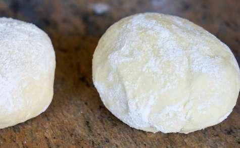 Abaisser une pâte