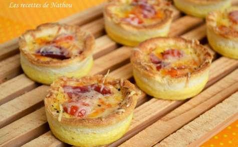 Minis-quiches dans leurs coquilles de pain, au jambon et cheddar