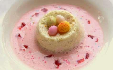 Ile flottante à la pistache et crème à la fraise