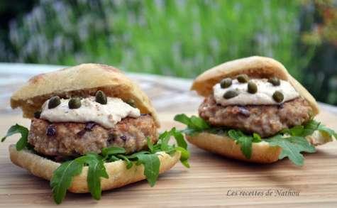 """Burgers """"vitello tonnato"""" (burgers de veau sauce au thon)"""