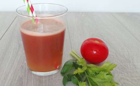 Eau de tomates - céleri et basilic, détox ou pas ! (