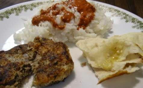 Shami (shaami) kebab, croquettes, brochettes de viande et pois chiche (Inde, Pakistan)