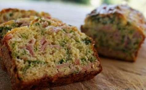 Cake aux herbes et au jambon -