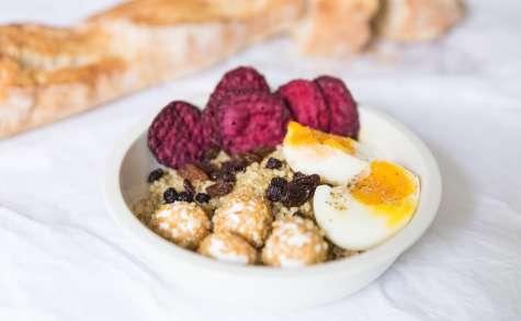 Assiette végétarienne gourmande au quinoa