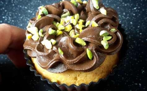 Cupcakes chocolat noir pistache et tofu soyeux