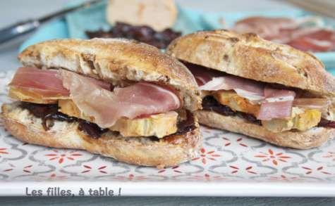 Tapas au jambon, foie gras, et oignons confits