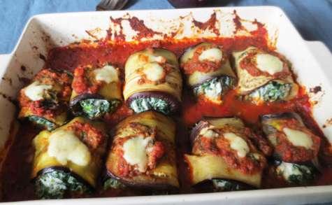 Involtini d'Aubergines, Fromages et Epinards, Sauce Pomodoro