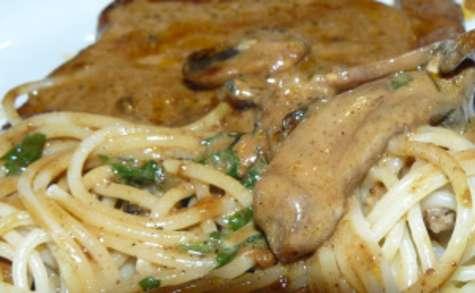 Côtes de porc marinées au soja et vin blanc