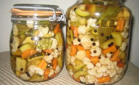 Pickles de légumes croquants à l'aigre-doux