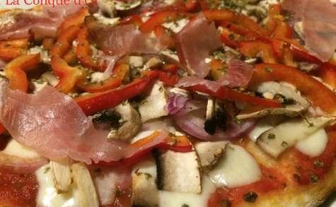 Pizza au speck,poivrons et champignons