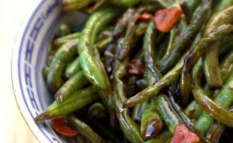 Haricots verts sautés à l'ail et à la sauce d'huître