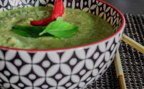 Curry vert de poulet au lait de coco
