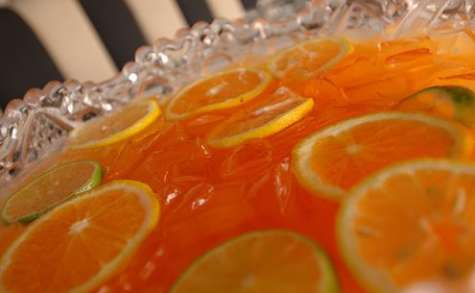 Punch au gin à la grenade et à l'orange