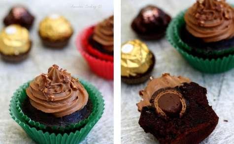 Cupcakes au chocolat, coeur Ferrero Rocher et ganache au Nutella