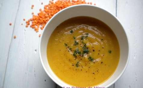 Velouté de carottes et de lentilles corail