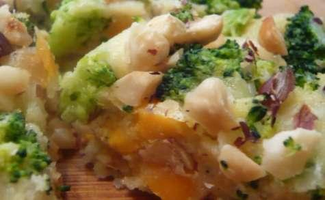 Polentarte de mimolette & comté aux brocolis et noisettes