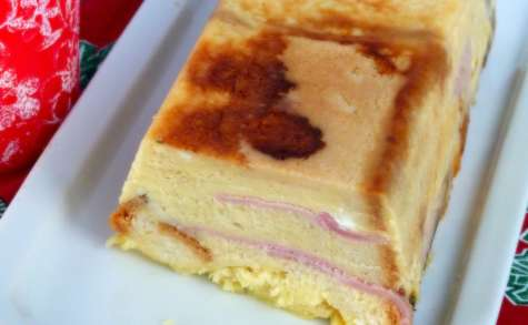 Croque cake savoyard au reblochon et au jambon
