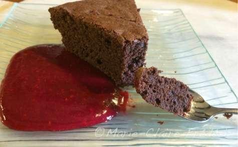 Gâteau au chocolat avec beurre, avec oeufs, avec gluten et avec plaisir