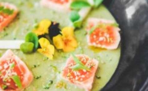 Cubes de saumon confit, crémeux de brocolis au Délice du Poitou