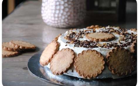 Gâteau de crêpes, chantilly et pâte de spéculoos