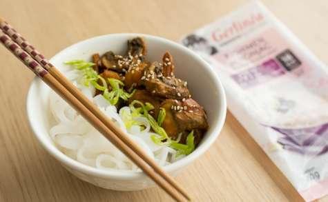 Kishimen (nouilles) de Konjac aux crevettes épicées
